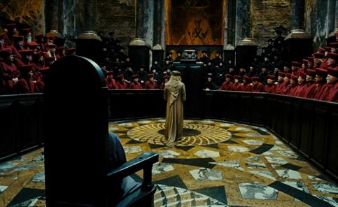 Dumbledore face au Magenmagot durant l'audience de Harry dans OP/f