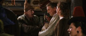 Arthur Weasley (sans ses lunettes) et Mr et Mrs Granger dans CS/f