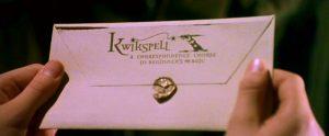 Harry découvrant l'enveloppe Vitmagic de Rusard dans CS/f (scènes coupées)