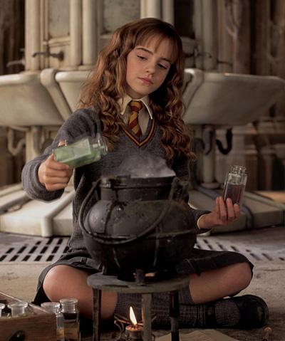 Hermione préparant le Polynectar dans CS/f