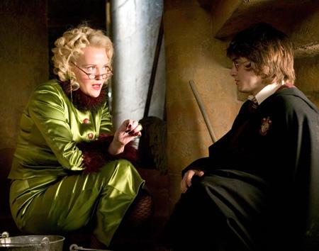 Rita et Harry dans le placard à balais dans CF/f