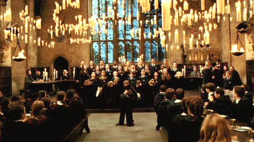 La chorale de poudlard ehp for Salle a manger harry potter