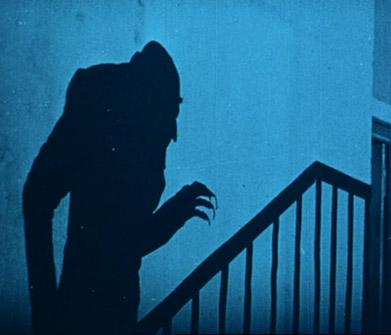 l'ombre du Comte Orlock dans Nosferatu, Eine Symphonie des Grauens (F.W. Murnau, 1922)