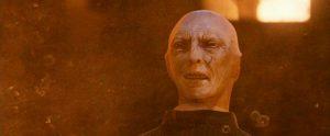 Voldemort accroché à Quirrell dans ES/f