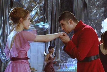 Hermione Granger et Viktor Krum durant le bal de Noël dans CF/f